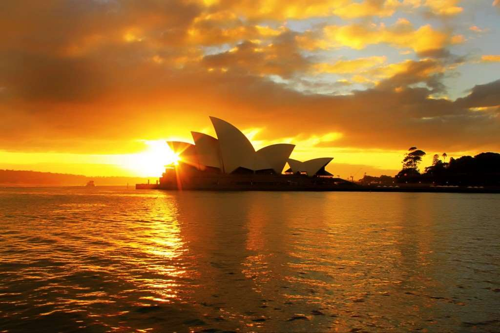 Australia | Sydney Opera House | One of the Main Attractions with Australia Holiday Tours