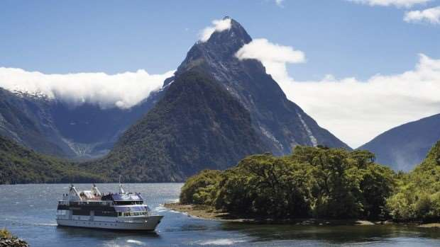 New Zealand Mountain river tour
