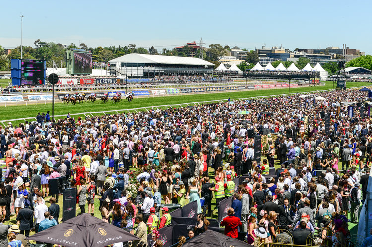 crowd at Melbourne Cup Carnival