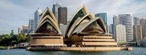 Sydney Opera House Australia visit on Sydney holiday tours with Distant Journeys