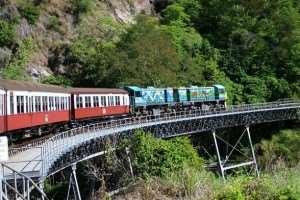 Cairns sightseeing tours on the Kuranda Scenic Railway with Distant Journeys