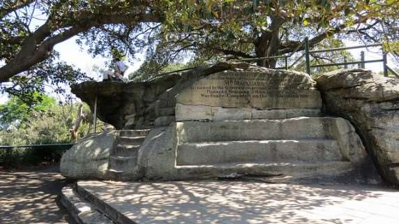 Mrs Macquarie's Chair - picnic spots in Sydney to enjoy on Australia group tour holidays
