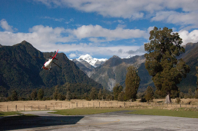 helicopter take off Franz Josef Glacier flight