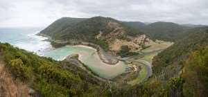 The Great Ocean Road, available on tours with Distant Journeys
