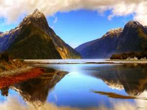 A colour picture of Milford Sound.