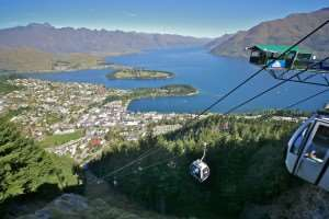 Gondola heading up Bob's Peak, can be visited on Distant Journeys New Zealand holidays
