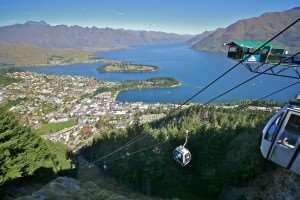 Gondola heading up Bob's Peak, can be visited on Distant Journeys New Zealand holidays