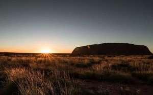 Uluru/Ayers Rock video – visit on Distant Journeys tours of Australia