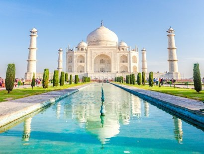 Morning view of Taj Mahal, Agra, India