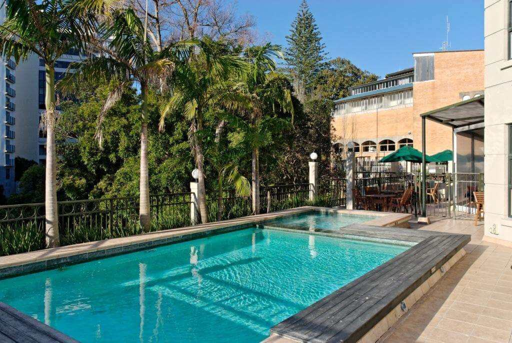 AKL Amora Pool and Heated Jacuzzi 1