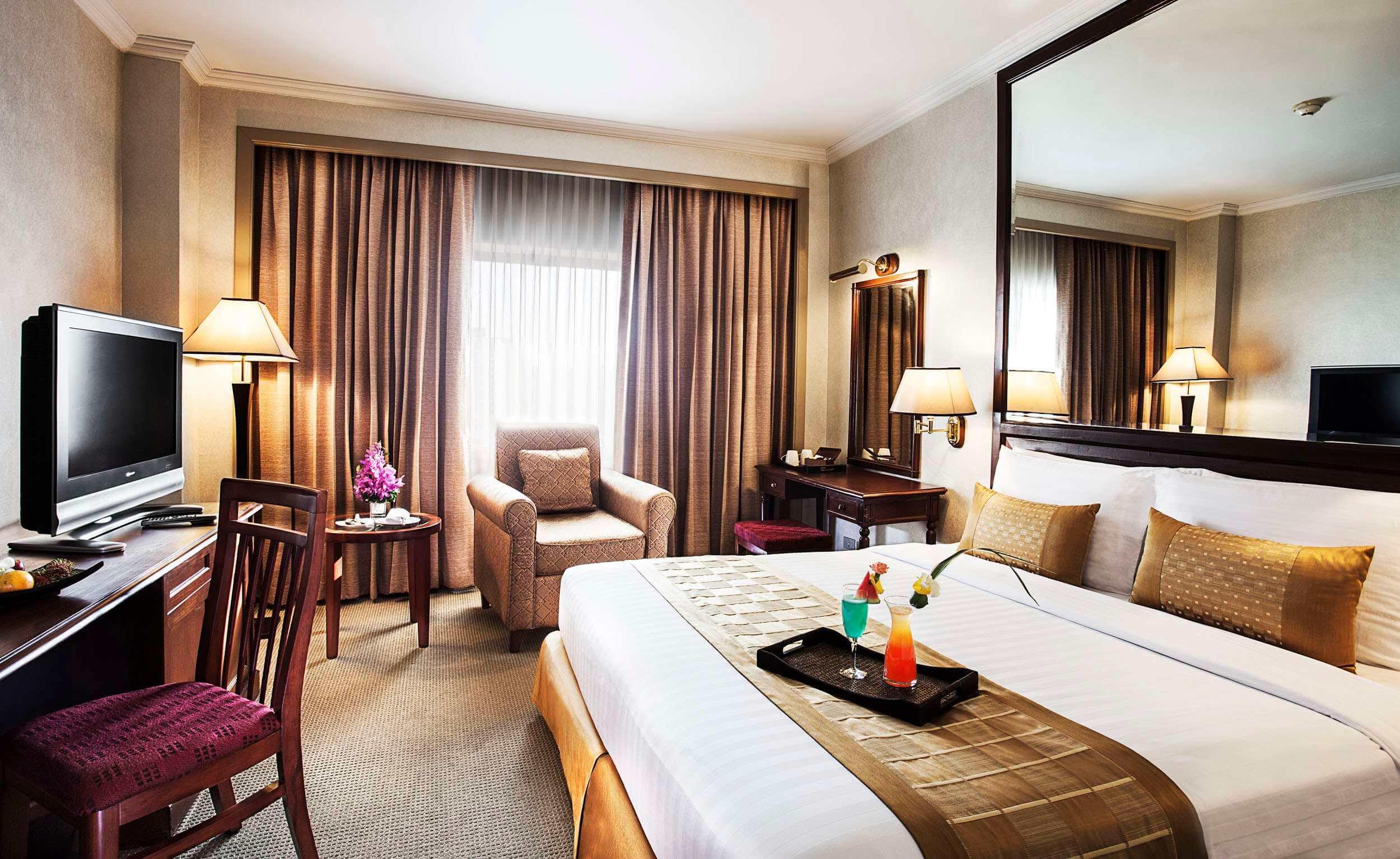 Arnoma Hotel Bangkok bedroom