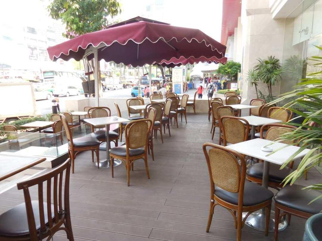 Arnoma Hotel Bangkok exterior