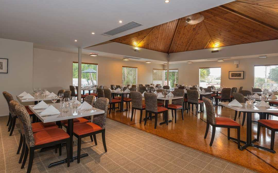 Scenic Hotel Bay of Islands dining