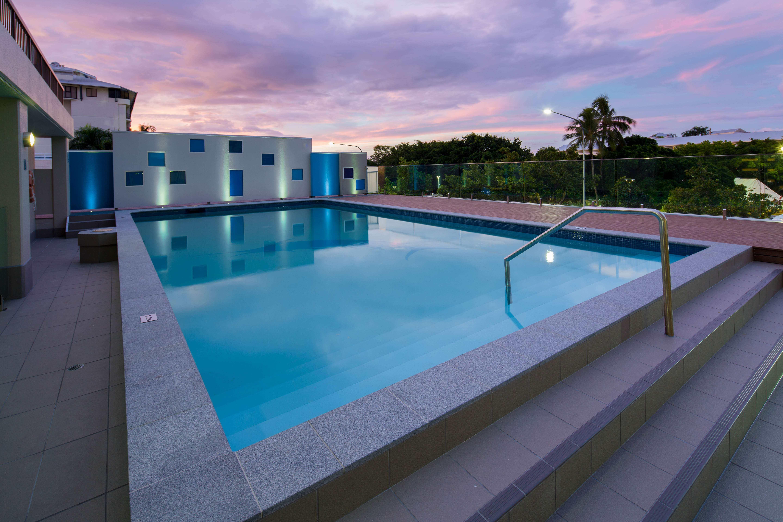 Pacific International Hotel pool
