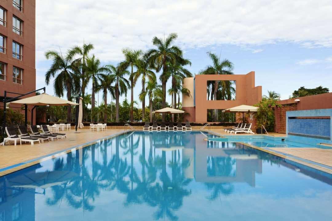 DRW Doubletree pool