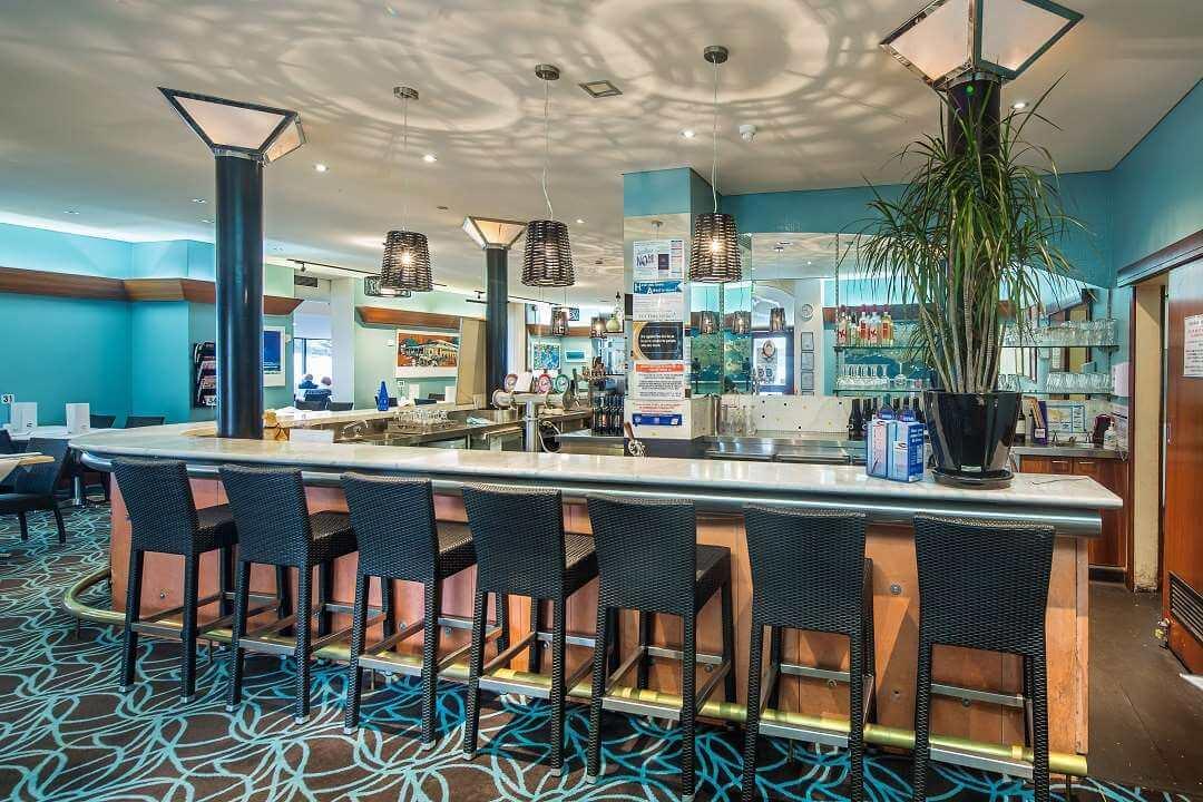 Ozone Hotel bar