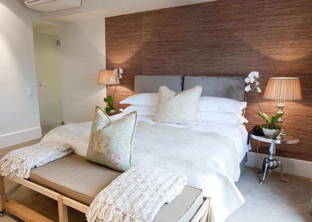 Knysna - Rex Hotel bed