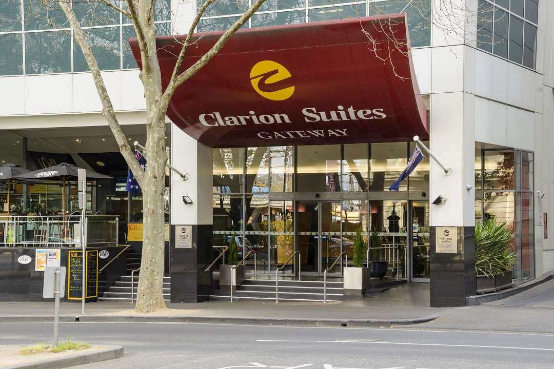 Clarion Suites Melbourne entrance