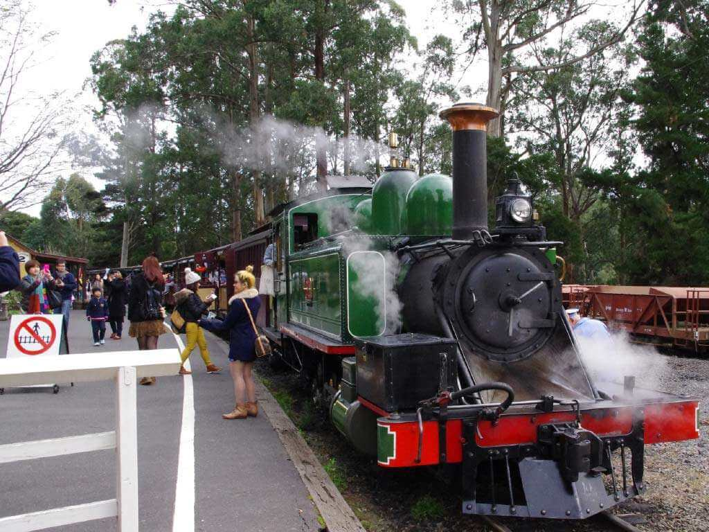 Melbourne Puffing Billy 4