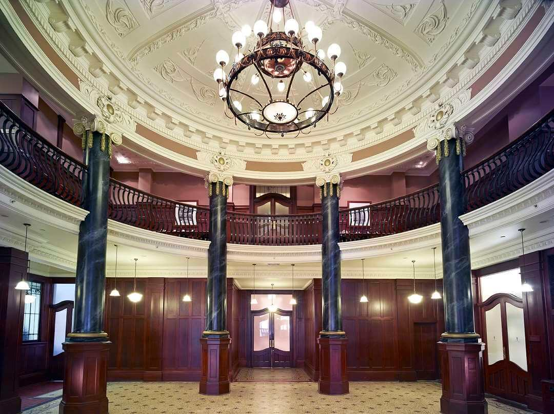 MEL Rendezvous- Grand Vestibule