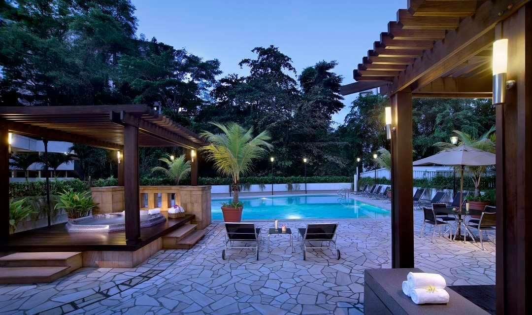 Copthorne Kings Hotel Singapore pool