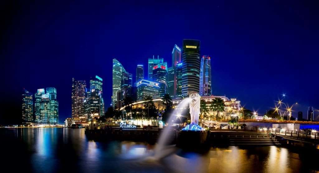 SIN Merlion night