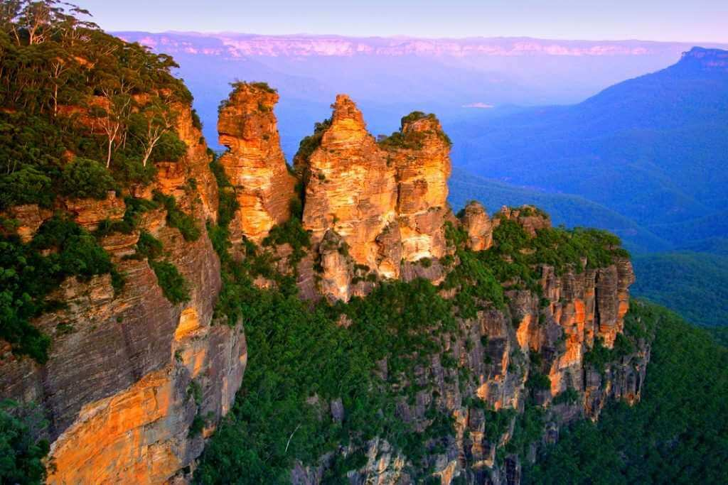 Blue Mountains scenic view