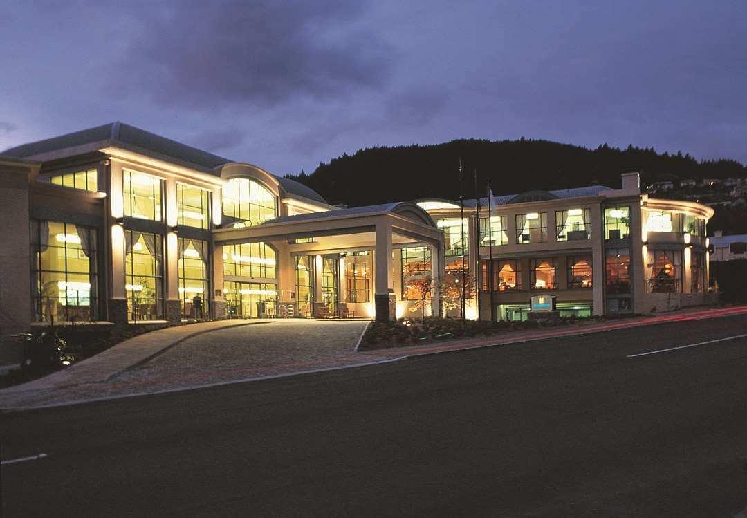 Millennium Hotel Queenstown exterior