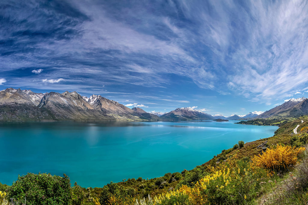 lake-wakatipu-queenstown-new-zealand.jpg
