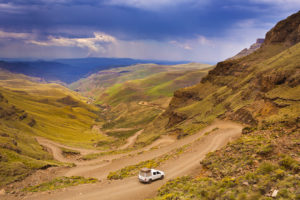 mountain-splendour-day-tour-sani-pass