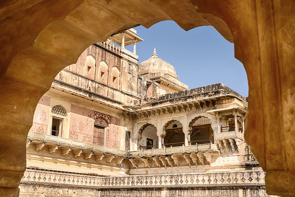 heritage-guided-walking-tour-of-jaipur