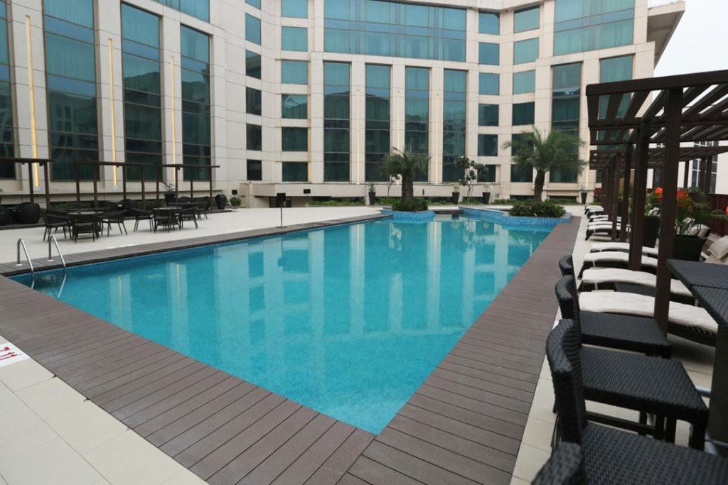 Pride Plaza Exterior & Pool