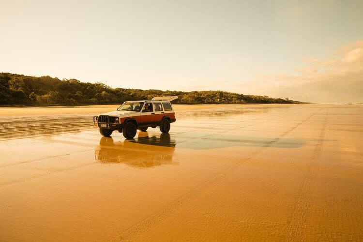 75 Mile Beach Fraser Island Australia