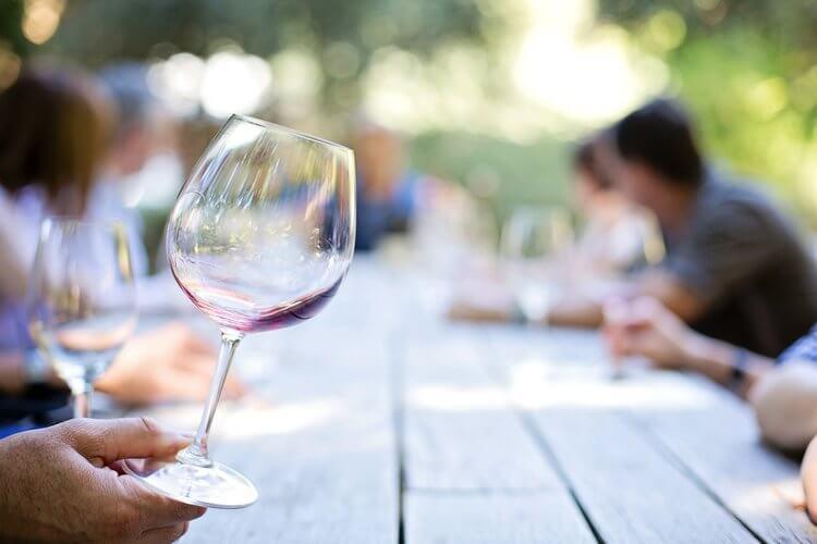 wine glass red wine tasting
