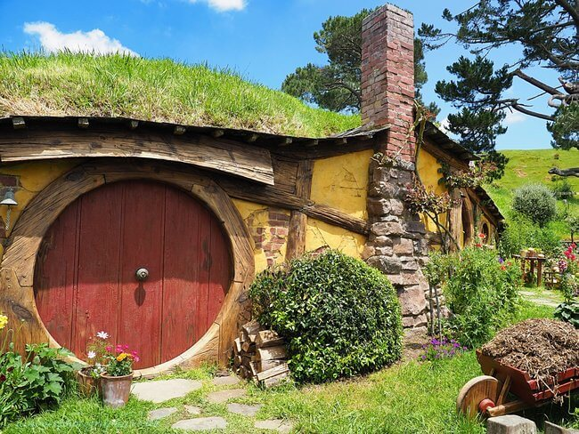 Close up hobbit house hobbiton movie set new zealand