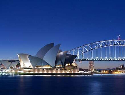 Explore Sydney Film Festival with touring holidays in Australia