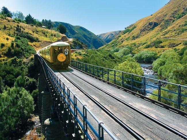 Taieri gorge railway train over Hindon Viaduct