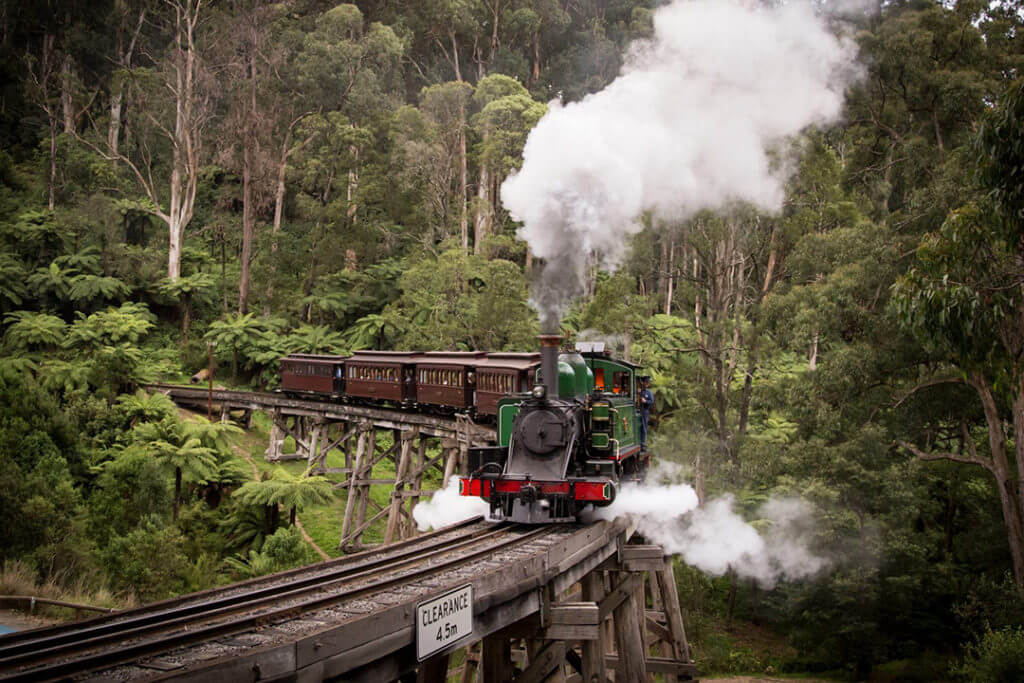 puffing-billy-steam-train-melbourne
