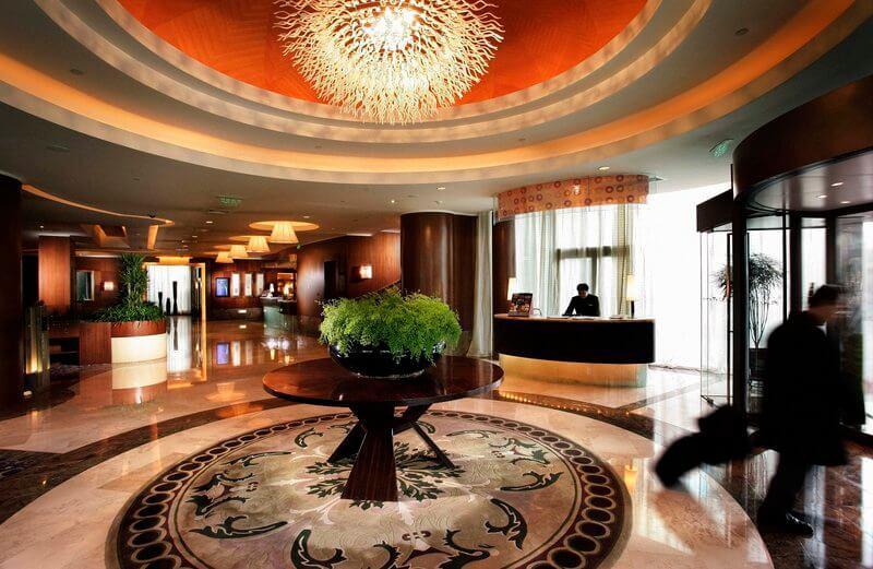 park_plaza_beijing_exterior_lobby