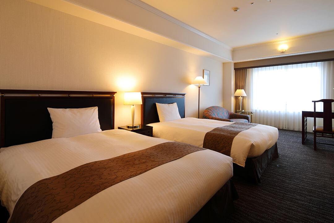 kurashiki-royal-art-hotel-guest-room