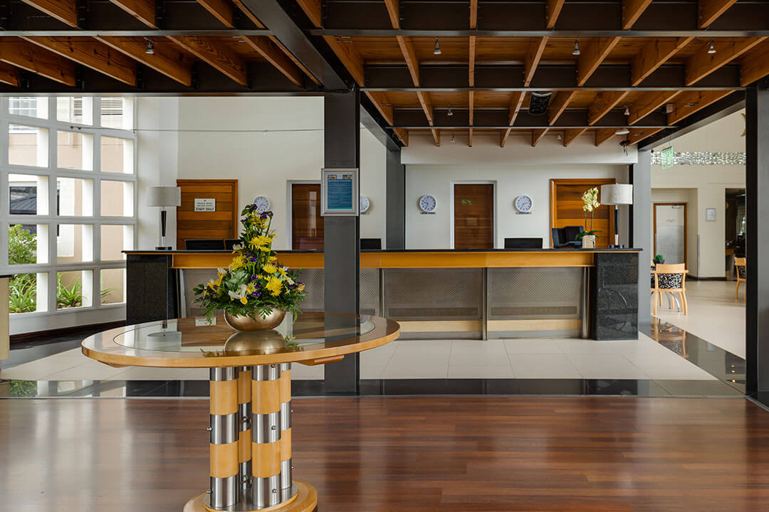protea-hotel-knysna-quays-lobby