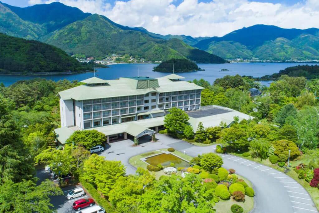 fuji-view-Kawaguchiko-building