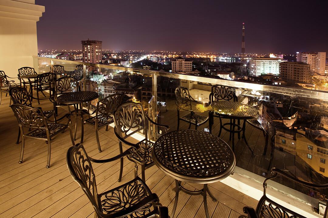 hue-eldora -hotel-skybar