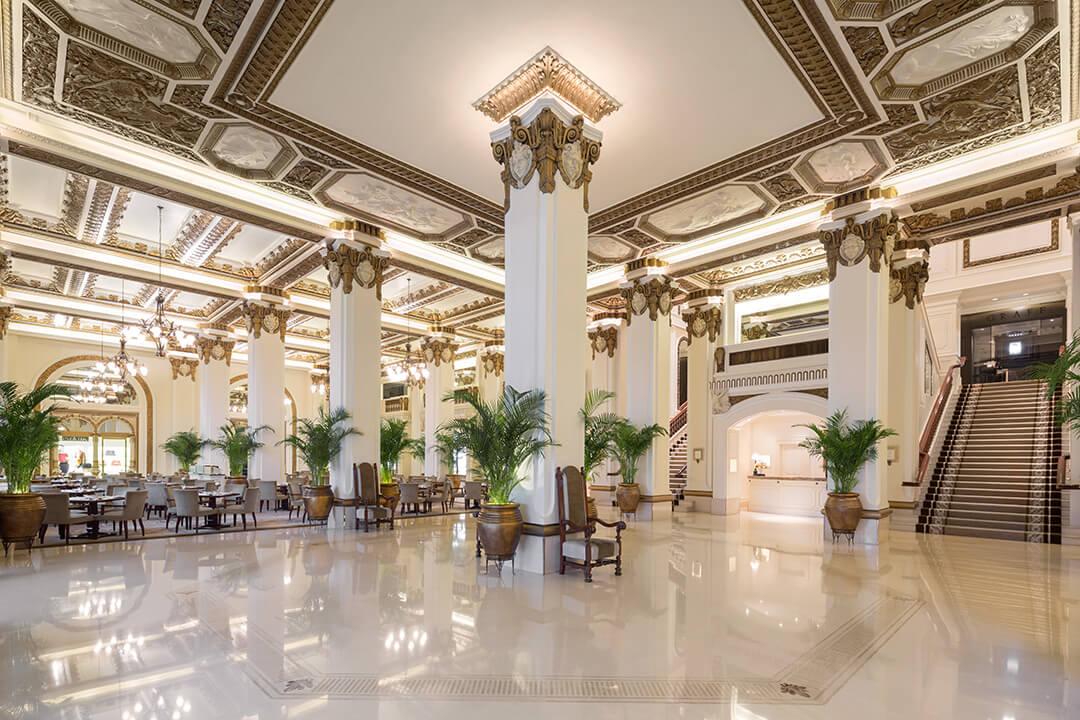 peninsula-hong-kong-lobby