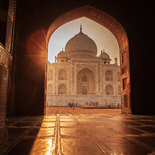 taj-mahal-from-inside
