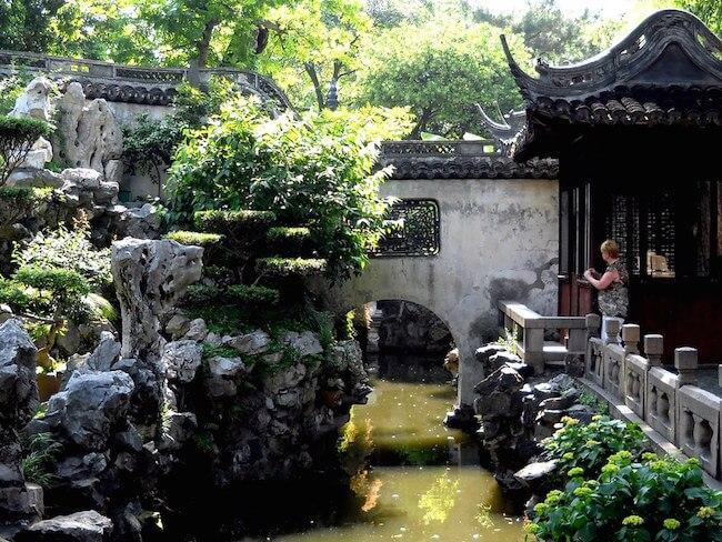 yuyuan botanical garden (yu garden) shanghai