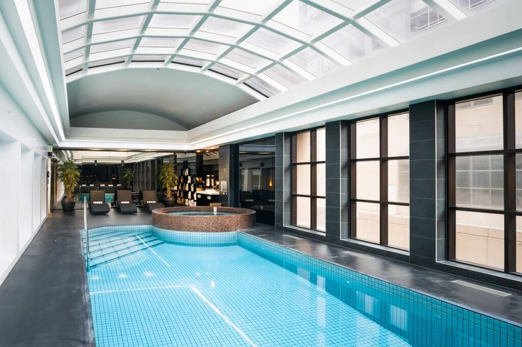Australia_Melbourne_Stamford Plaza_Pool