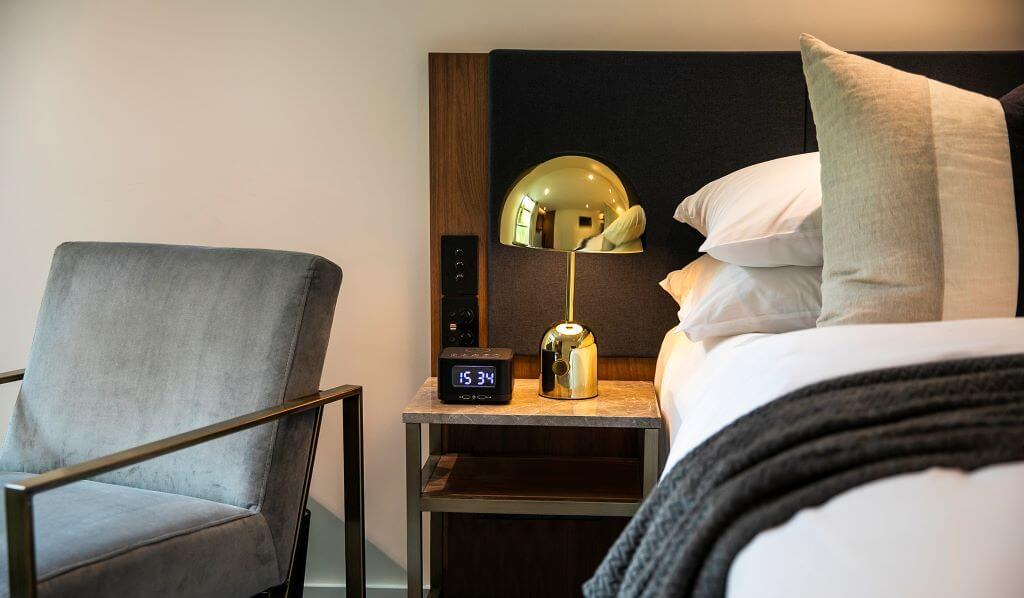 Australia_Sydney_Crowne Plaza DH_Room