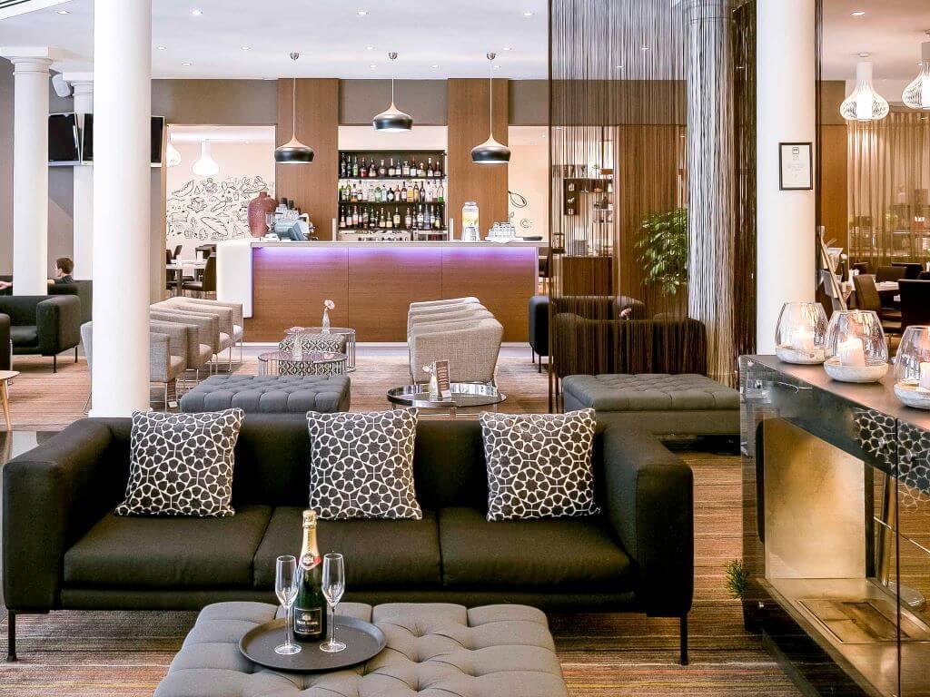 Australia_Sydney_Novotel Central_Bar