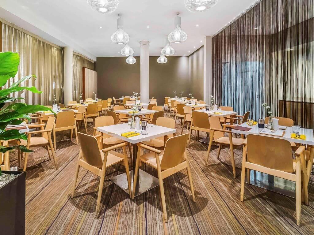 Australia_Sydney_Novotel Central_Restaurant